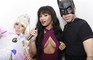 Demi Lovato revive a Selena Quintanilla con su gran disfraz