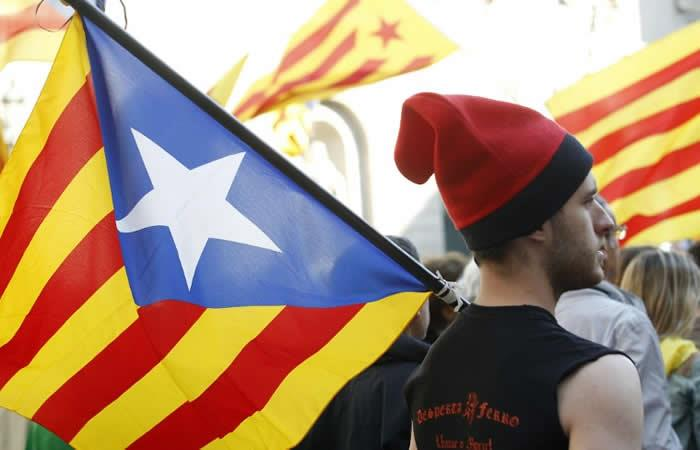 Tribunal español suspendió declaración de independencia de Cataluña