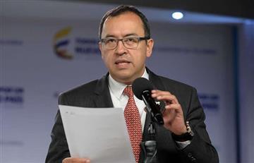 Gobierno respalda a Alfonso Prada pese a denuncias por el Sena