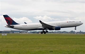 Escándalo en avión de Delta Air Lines por relaciones sexuales entre pasajeros