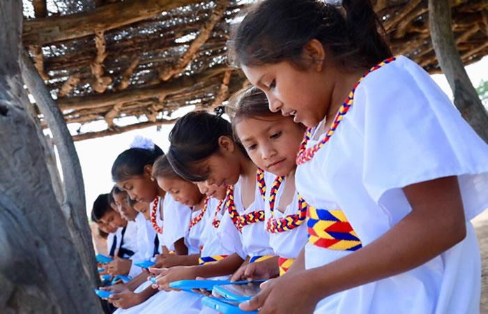 Colombia: Con paneles solares se llevará tecnología a zonas rurales