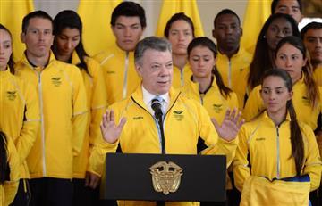 Juegos Bolivarianos: Santos entrega bandera de Colombia a los deportistas
