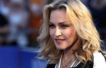 La foto de Madonna viajando en clase económica que asombra al mundo