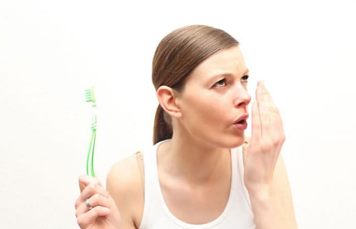 ¿Qué es la halitosis y por qué puede causar graves problemas?