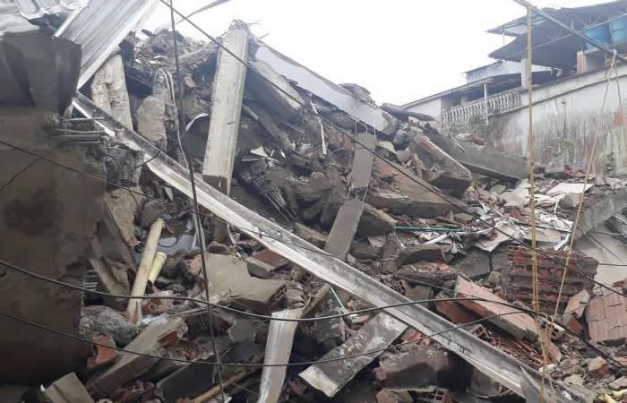 Derrumbe de edificio en Buenaventura deja tres heridos