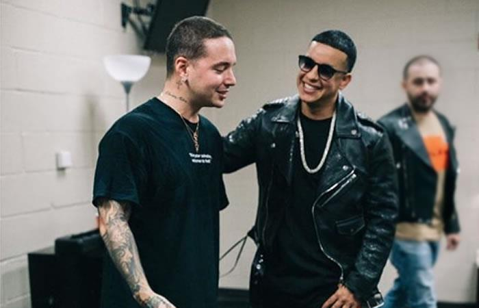 J Balvin enloquece al ver a Daddy Yankee en concierto