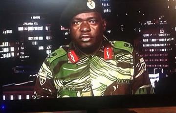 Militares toman el control en Zimbabue y arrestan al presidente