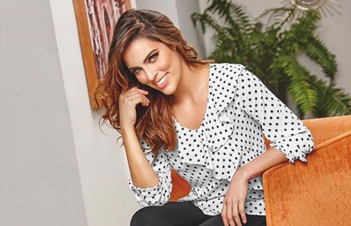 Latin Grammy: Sara Corrales cautivó con su vestuario en homenajea Alejandro Sanz