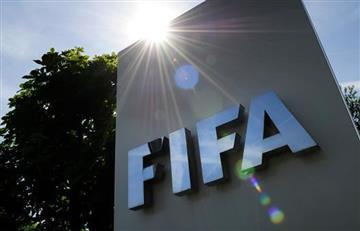 FIFA suspende de por vida a tres de los máximos dirigentes del fútbol