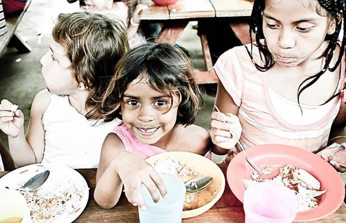 Ferretería vendía pechugas de pollo a $40 mil a niños pobres