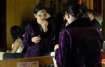 Mujeres víctimas de ataques con ácido protagonizan desfile de moda