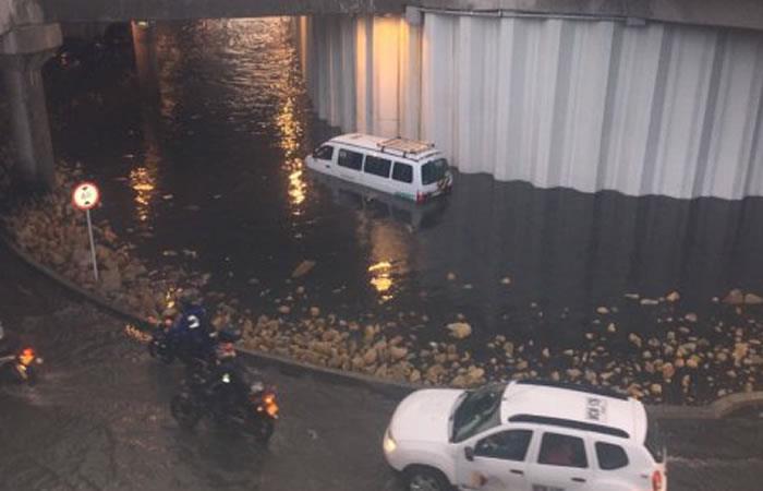 Video: El Deprimido de la 94 se vuelve a inundar