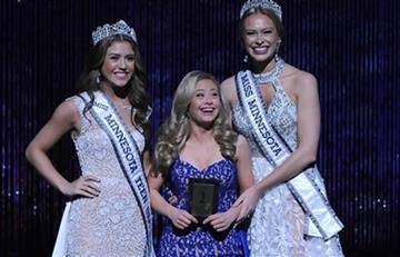 Con Síndrome de Down, Mikayla Holmgren es la primera mujer que lucha en Miss EE.UU.