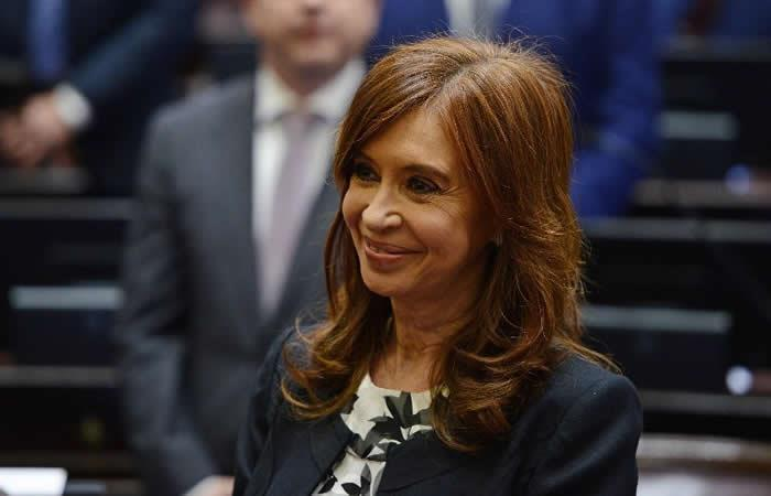 Ordenan arresto y desafuero a expresidenta Cristina Fernández