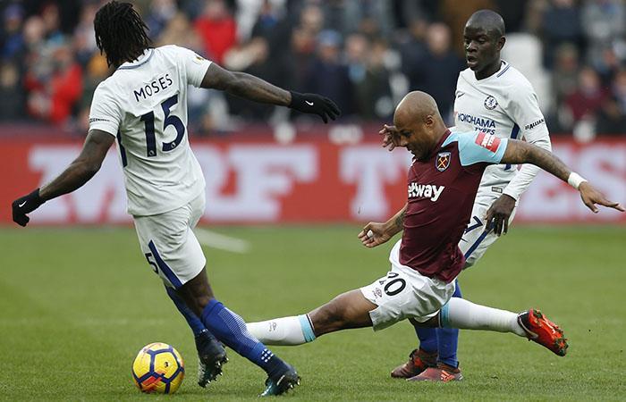 Chelsea tropieza y complica la revalidación de su título