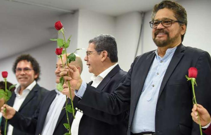 FARC ya inscribió sus candidatos al Senado y a la Cámara de Representantes