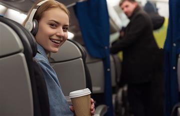 Mujeres: 4 consejos para convertir un vuelo en parte de ese buen viaje