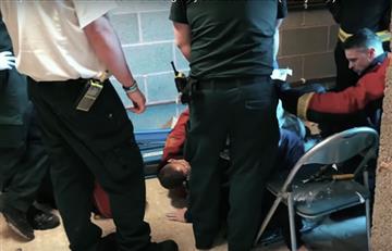 Un Youtuber casi muere tras meter su cabeza en un microondas