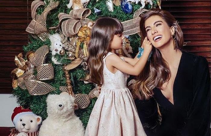 Andrea Serna y su tierna hija enamoran las redes