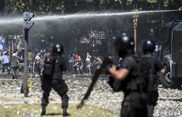 Argentina: Fuerte represión de la policía tras protestas por la reforma de pensiones