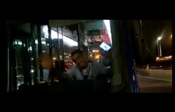 Conductor del SITP fue suspendido por responder con muecas ante accidente
