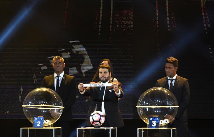 Sorteo de la Libertadores 2018. Foto: AFP