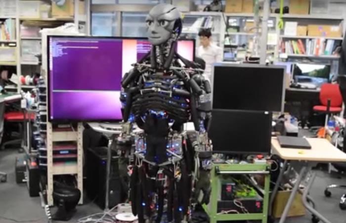 Kengoro: Conoce el robot que hace ejercicio y suda