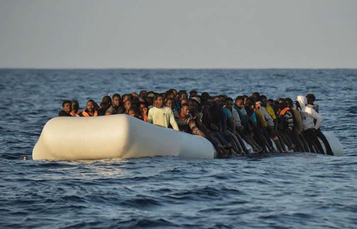 Naufraga en Filipinas una embarcación con 251 personas a bordo