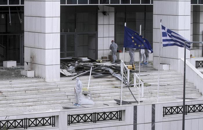 Grecia: Atentado de bomba frente a los tribunales no causa víctimas
