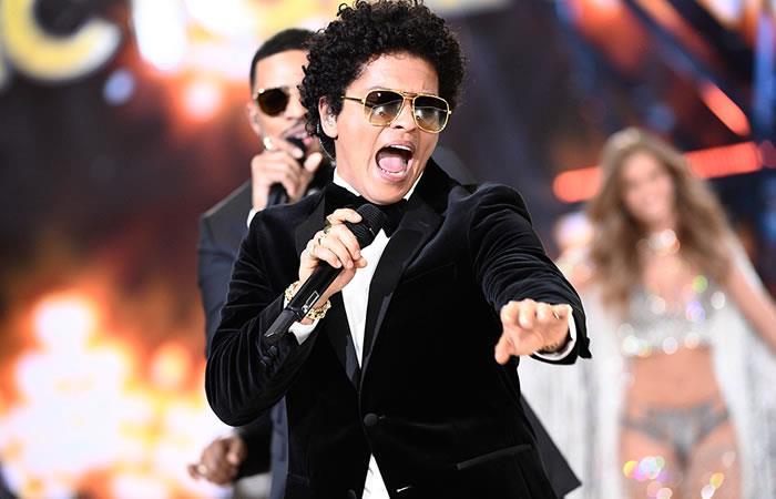 Bruno Mars se enamoró de una modelo colombiana