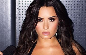 Demi Lovato impacta en bikini con tremendo escote