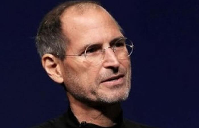 Steve Jobs: Su sistema operativo Lisa será gratis en 2018