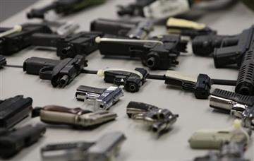 EE.UU: Arrestan a hombre con armas en hotel antes de fiesta por Nochevieja