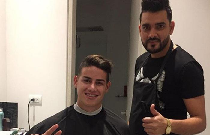 James Rodríguez dejó una muy generosa propina a un barbero colombiano