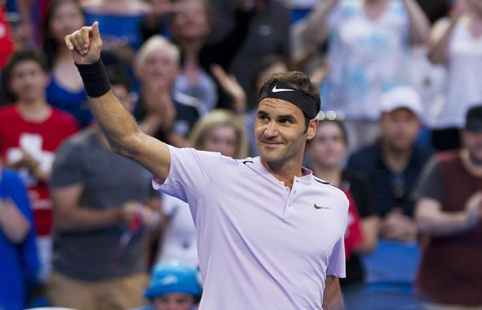Roger Federer derrota a Karen Khachanov en la Copa Hopman