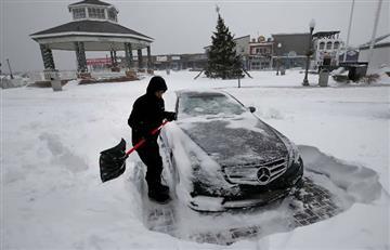 """Nueva York en estado de emergencia por """"bomba ciclónica"""" invernal"""