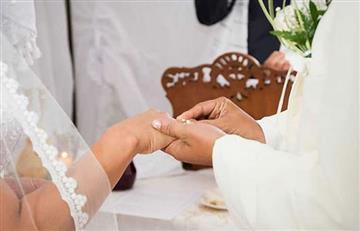 El cura británico que pondrá 'multa' a los novios que lleguen tarde a su boda