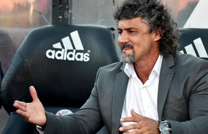 Leonel Álvarez y el delantero colombiano que pidió para Cerro Porteño