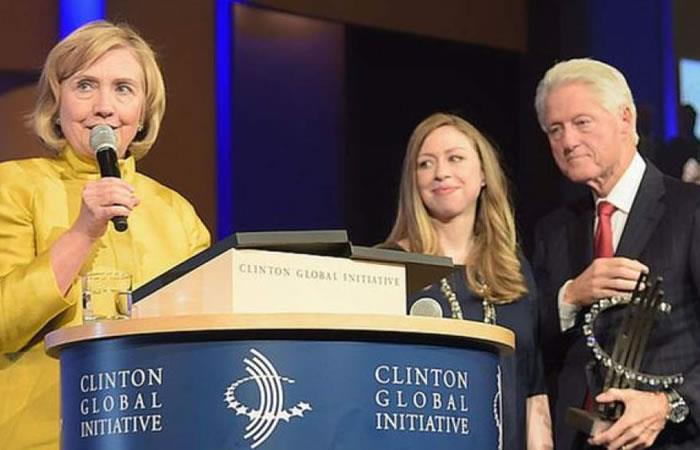 Por presiones de Trump, FBI investiga fundación de expresidente Bill Clinton