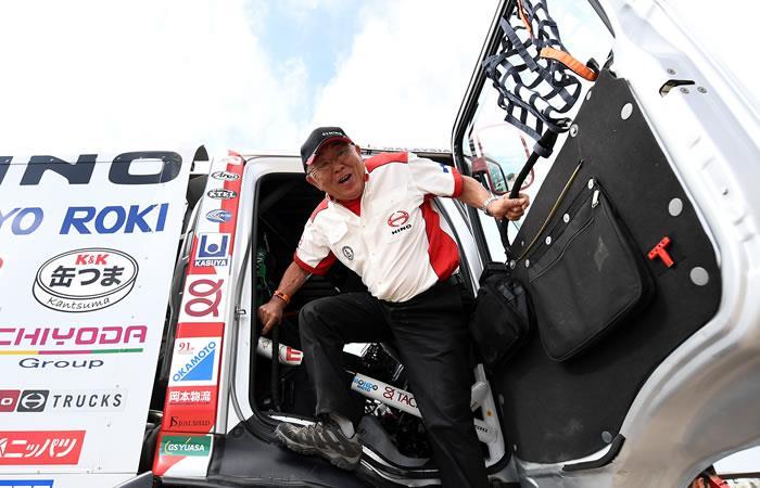 Yoshimasa Sugawara, el abuelo del Rally Dakar de 76 años que no se rinde