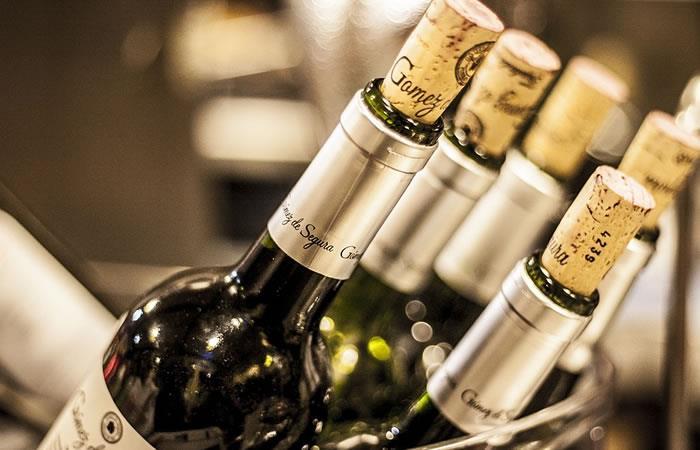 Vive la experiencia de una cata de vinos desde tu casa
