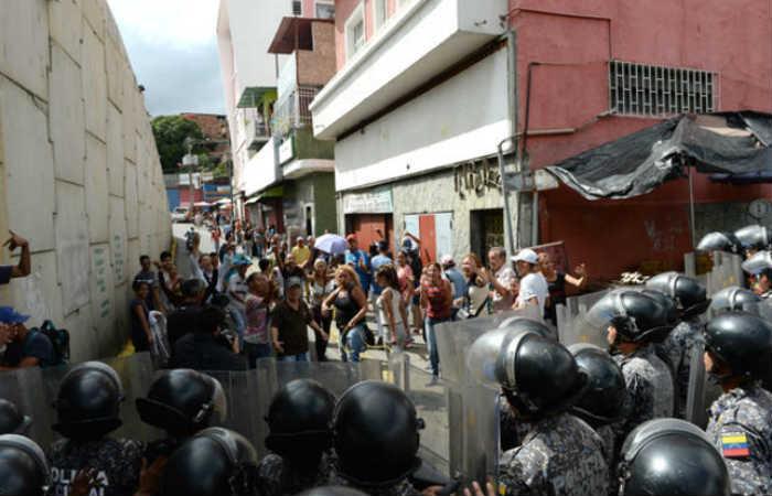 Video: Se agravan los saqueos en Venezuela