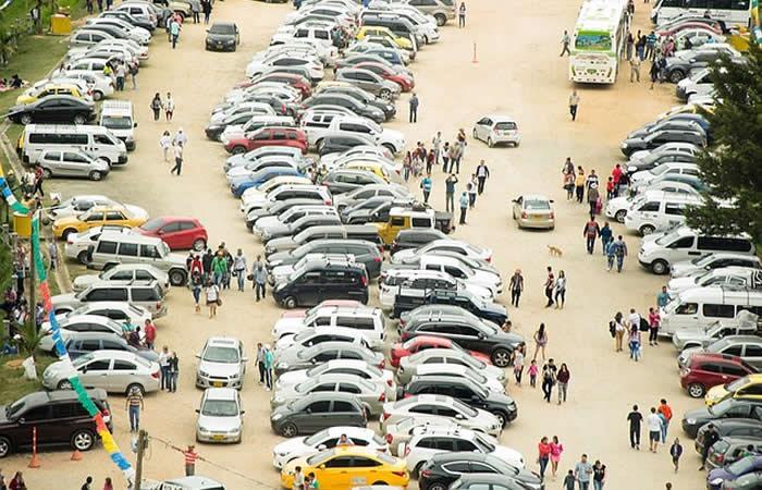 Alcaldía de Bogotá analiza aumentar la tarifa en parqueaderos