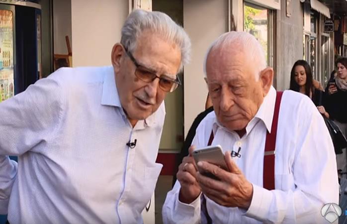 Video: Divertido experimento con jóvenes y ancianos se hace viral en redes