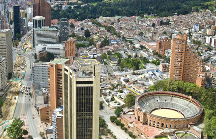 Bogotá reforzará su seguridad con 500 policías nuevos, dice Santos