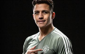 Alexis Sánchez es oficialmente jugador del Manchester United