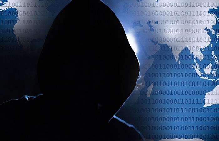 Hombre es condenado a prisión por robar código de software