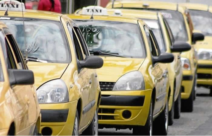Protestas por asesinato de un taxista en Bogotá