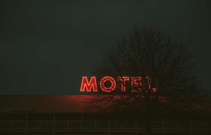 Moteles en Cali deberán instalar detector de metales