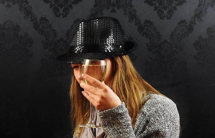 Las 4 bebidas alcohólicas que más dañan tu piel